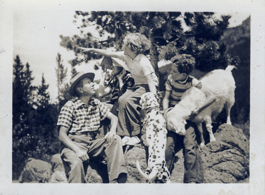 Arnold Ronnebeck and Family, c1939